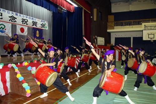 Mineidanchi Seinenkai de Okinawa – Source: http://www.city.nanjo.okinawa.jp